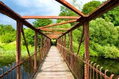 Мост увиденный от внутренности Стоковое Изображение