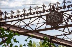 Мост улицы Merriam в основе Святого Антония в городском Миннеаполисе стоковая фотография