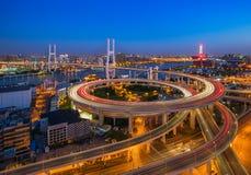 Мост Шанхая Nanpu стоковое изображение rf