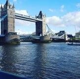 мост шлюпок london старый стоковое изображение rf