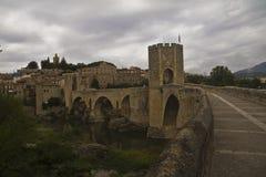 Мост Besalu стоковые изображения rf