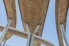 Мост Bhumibol или мост промышленных колец конкретное шоссе Стоковое фото RF