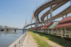 Мост Bhumibol или мост промышленных колец Стоковое Изображение