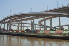 Мост Bhumibol или мост промышленных колец Стоковая Фотография RF