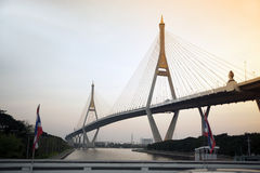 Мост Bhumibol также вызвал мост Промышленн Кольца Стоковая Фотография RF