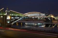 Мост Bogdan Khmelnytsky в Москве Стоковая Фотография