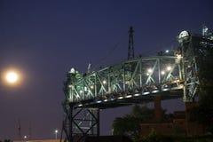 мост cleveland старый стоковые фотографии rf