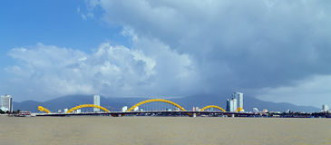 Мост Danang Вьетнам дракона Стоковое Изображение RF
