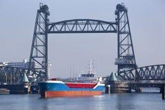 Мост de Hef в Роттердаме стоковые изображения rf