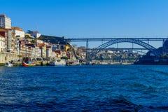 Мост Dom Луис i и берег реки Ribeira, в Порту Стоковое фото RF