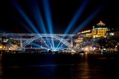 Мост Dom Луис i на ноче Стоковое Фото