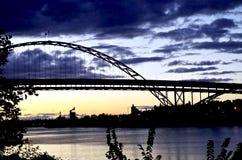 Мост Freemont, Портленд Орегон, США стоковые фотографии rf