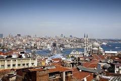 Мост Galata и мечеть Yeni (новая), Стамбул Стоковое Изображение RF