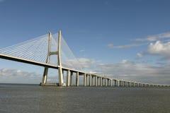Мост Gama Vasco da в Лиссабоне Стоковая Фотография