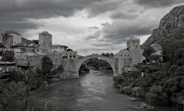 мост herzegovina mostar Боснии Стоковые Изображения