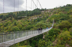 Мост Khndzoresk отбрасывая Висячий мост над nea ущелья стоковая фотография rf