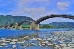 Мост Kintaikyo в Iwakuni, Хиросиме, Японии Стоковое фото RF