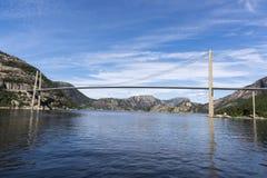 Мост Lysefjord Brucke в Норвегии Стоковые Фотографии RF