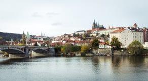 Мост Manesuv в Праге, чехии Стоковые Изображения RF