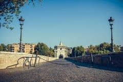 Мост Milvian в взгляде Рима без людей Стоковые Фото