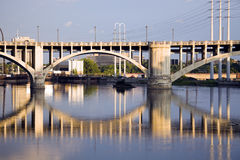 мост minneapolis стоковое фото