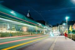 Мост Mittlere в Базеле на ноче Стоковое Изображение
