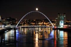 мост moonlit Стоковое Изображение
