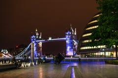 Мост Nightscape Лондона Стоковое Фото
