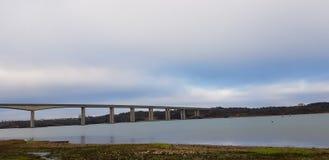 Мост Orwell мост Orwell над рекой Orwell Стоковое Изображение RF