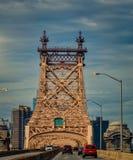 Мост Queensboro в полдень стоковая фотография rf