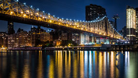 Мост Queensboro на сумраке Стоковая Фотография RF