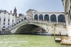 Мост Rialto в Венеци-Италии Стоковые Изображения RF