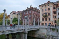 Мост ` s сапожника в старом городке Любляны в Словении Стоковые Изображения RF