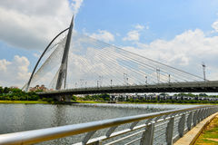 Мост Seri Wawasan Стоковое фото RF