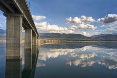 Мост Servia-Козани высокий стоковое изображение rf
