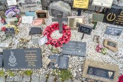 Мост Spean, Шотландия - 31-ое мая 2017: Мемориальное место для упаденное с маками и крестами Стоковые Изображения