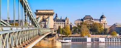 Мост szechenyi цепной на Дунае, Будапеште Стоковая Фотография