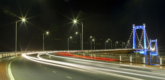 Мост Thuan Phuoc, ночная жизнь Da Nang Стоковое фото RF