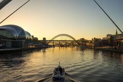 Мост Tyne - заход солнца Стоковое Фото