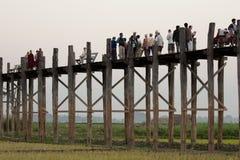 Мост u Bein деревянный, Мандалай, Myanmar Стоковые Изображения RF