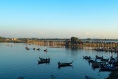 Мост U-Bein, Amarapura, Мьянма Стоковое Изображение RF