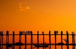 Мост u Bein, Myanmar Стоковое Изображение