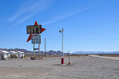 Мотель ` s трассы 66, Роя и кафе, Amboy, CA Стоковые Изображения