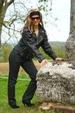 мотовелосипед девушки одежды предназначенный для подростков Стоковое фото RF