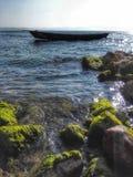 Моторка в середине открытого моря Лаке Таюое, Калифорнии, Соединенных Штатов Стоковое Фото