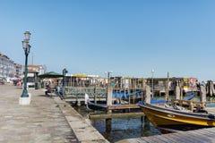 Моторные лодки в Венеции, Италии Стоковая Фотография RF