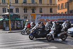 Мотороллеры Рима стоковое фото rf