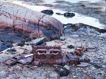 Мотор развалины корабля на море Корпус двигателя sunken шлюпки Стоковые Изображения RF