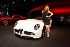 мотор 2008 автомобиля около paris представляя женщину выставки Стоковые Фото