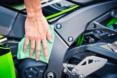 Мотоцикл чистки Стоковая Фотография